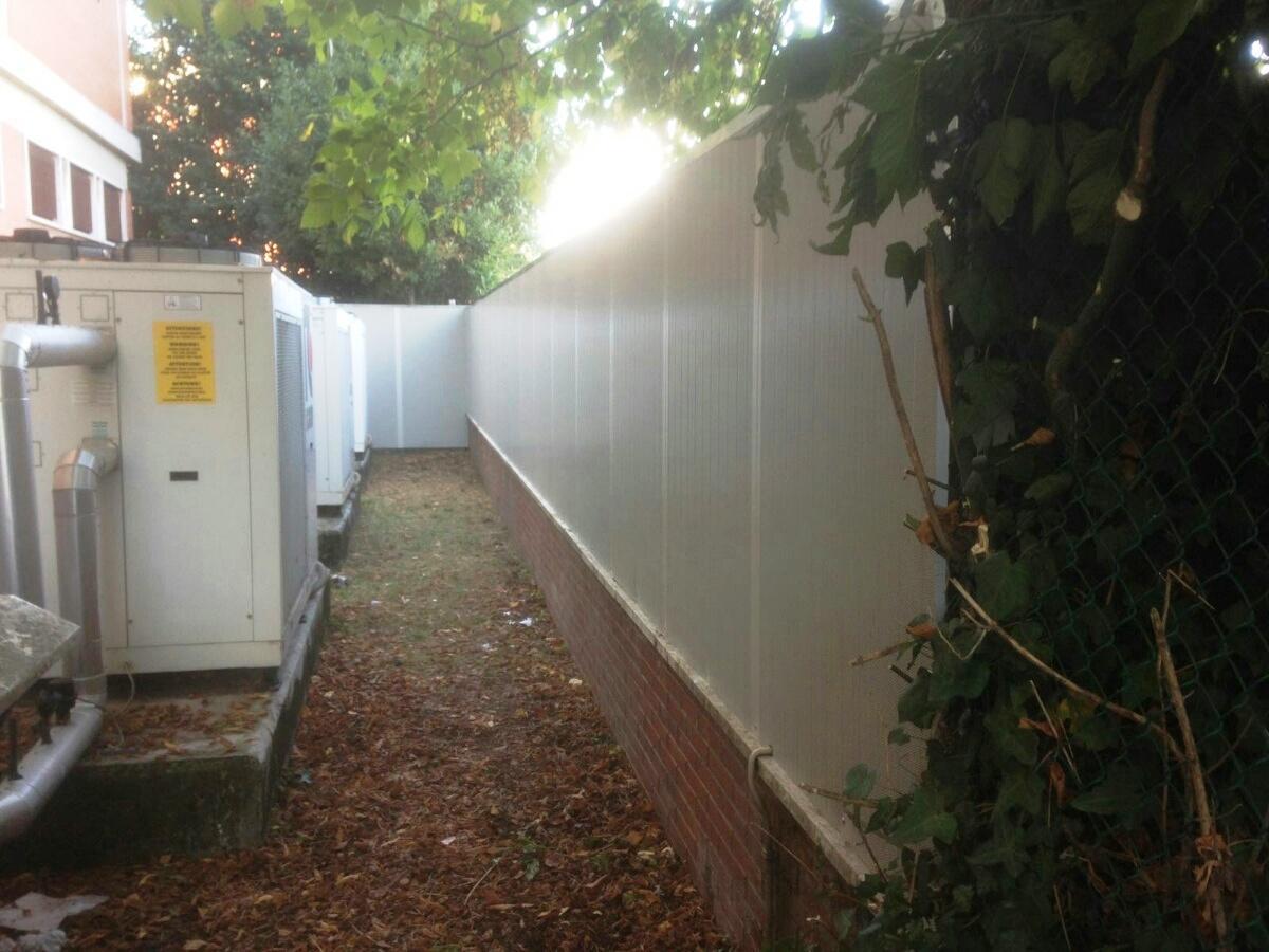 Barriere antirumoregiannerini valerio - Barriere antirumore per terrazzi ...