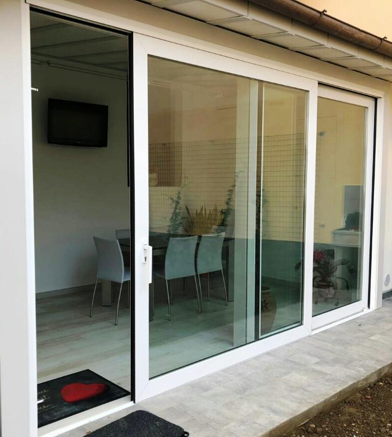 vetrata alluminio taglio termico  alzante scorrevole